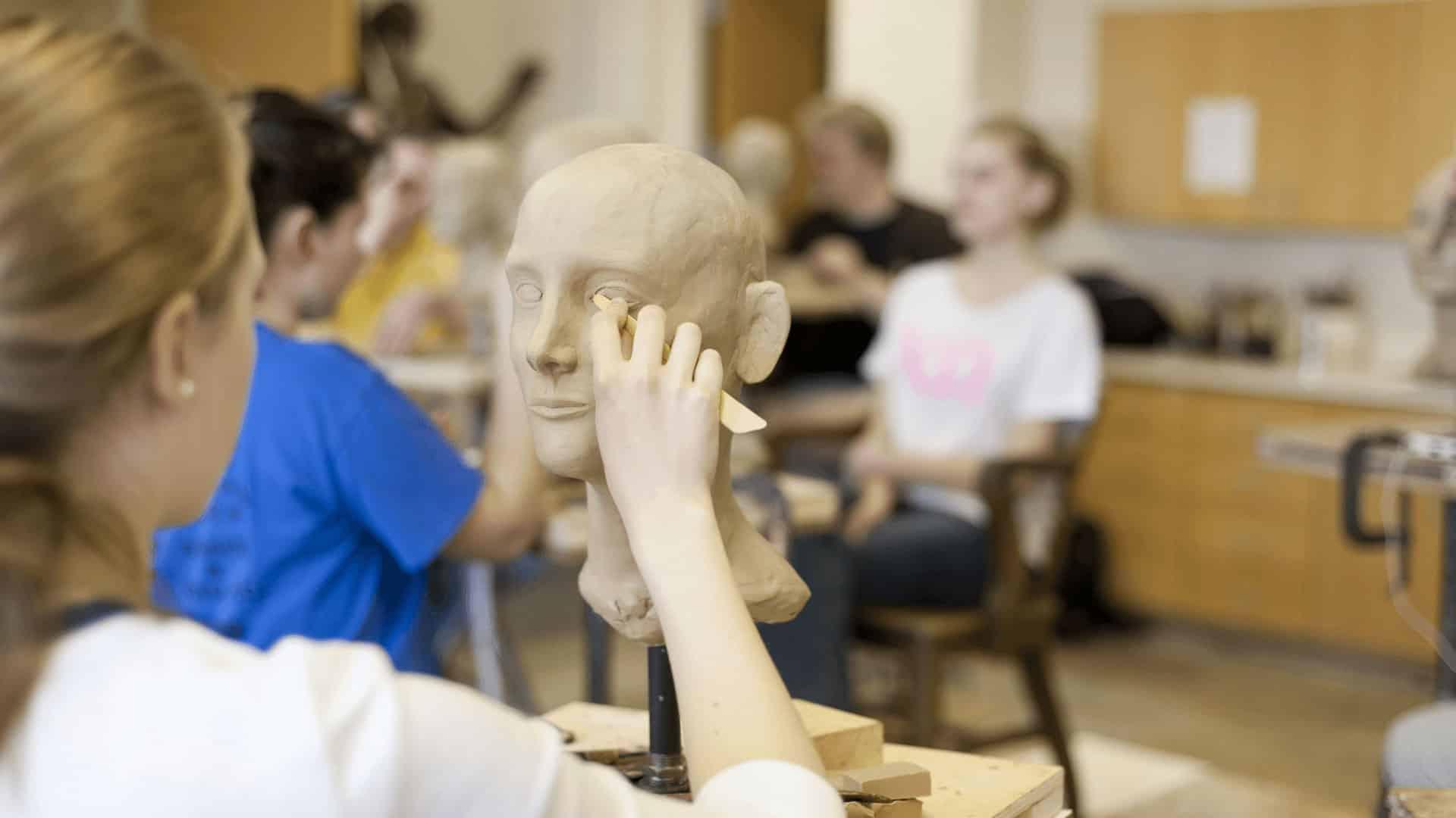 Students sculpting