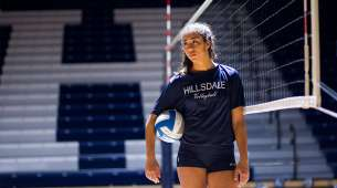 Hillsdale College Volleyball