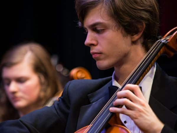 A student playing the cello.