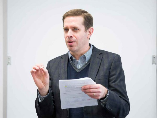 A Hillsdale instructor makes a point in his lecture.