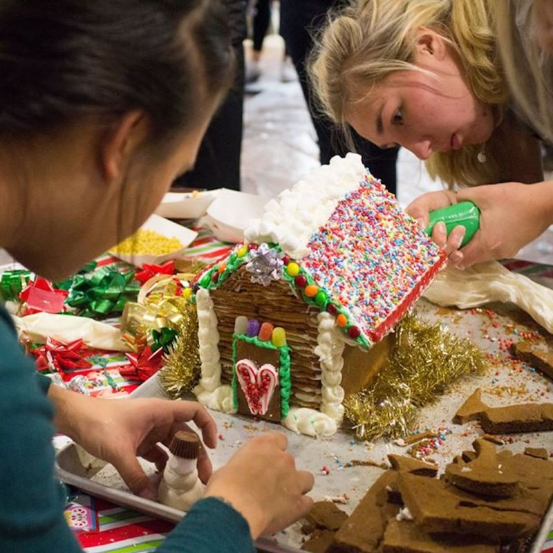 Student Activities Board Gingerbread Wars