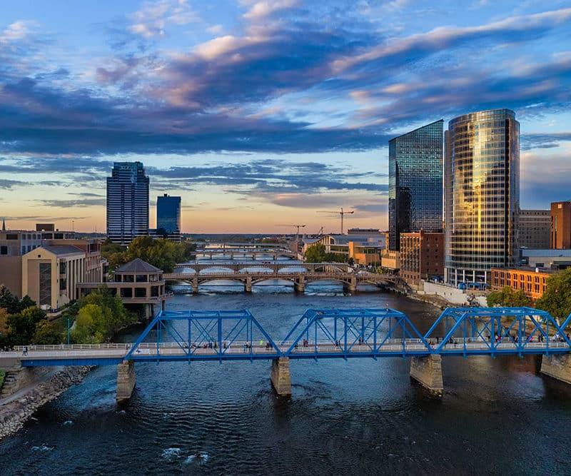 Aerial view of the Grand Rapids, MI bridges.