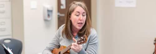 Kate Nadolny playing ukelele